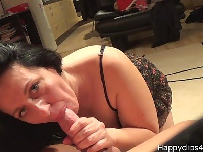Alisa the erotic mature blowjob, handjob video - part 1.