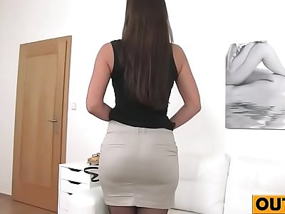 Milf Fucks Agent on Casting Couch(Ellie Springlare) 02 vid-19