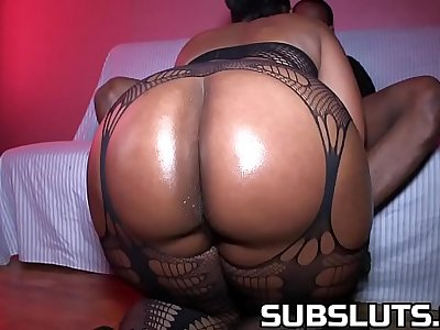 Big Booty Milf gets fucked raw